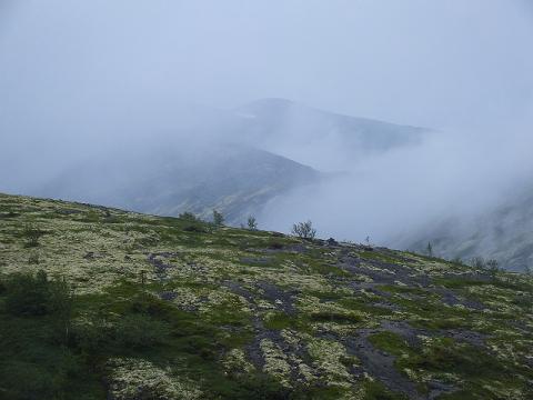 Вид из ущелья Аку Аку на перевал Юмекорр. Хибины